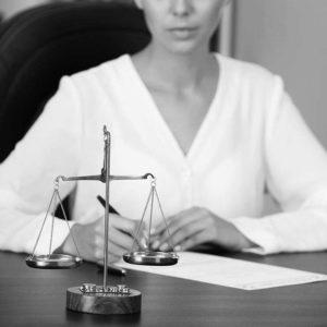 Contencios administrativ și fiscal
